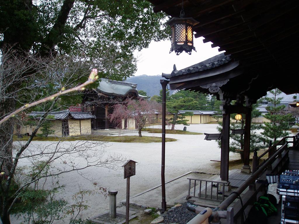 大本山大覚寺の美しい境内